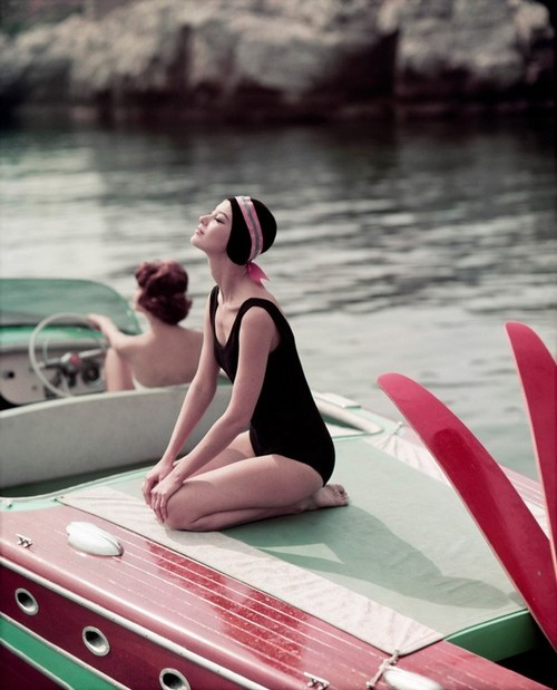 Barbara Mullen and Marie Hélène Arnaud water-skiing Cap d'Antibes 1957