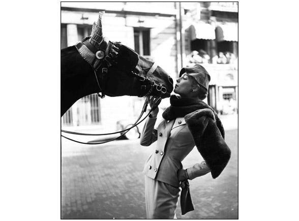 Fiona Campbell-Walter horse kisses