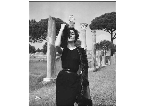 Ivy Nicholson, Ostia